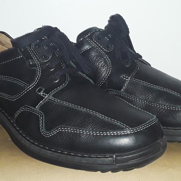 Men's Ecco lace up shoes